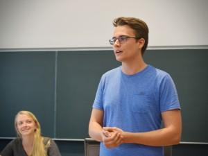 Lukas Bischof, 19, bisher Sprecher in der Juso-HSG. Er studiert Politikwissenschaft und VWL im zweiten Semester.