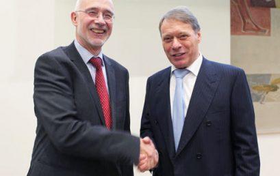 Puhl zum neuen Rektor der Uni gewählt
